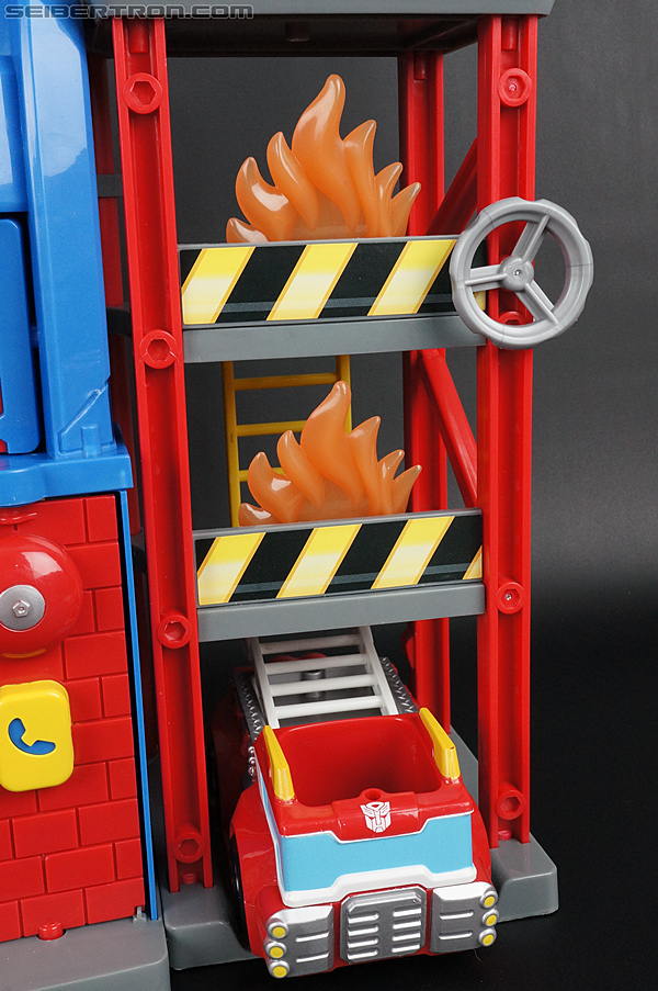 Transformers Rescue Bots Fire Station Prime (Image #48 of 136)