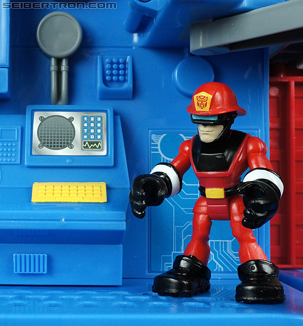 Transformers Rescue Bots Fire Station Prime (Image #58 of 136)