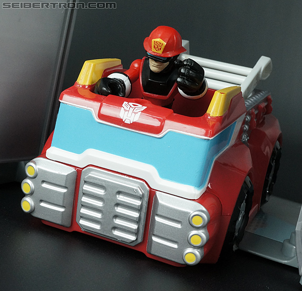 Transformers Rescue Bots Fire Station Prime (Image #71 of 136)