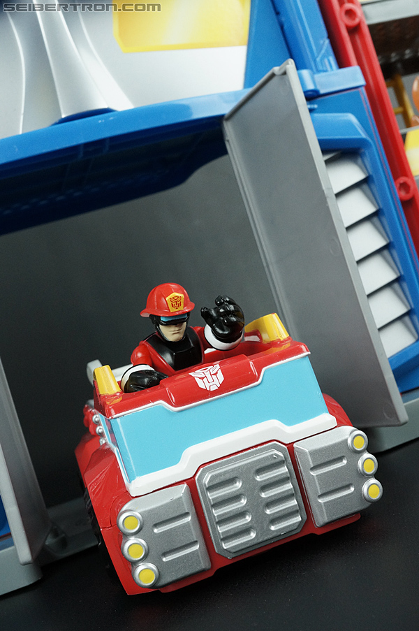 Transformers Rescue Bots Fire Station Prime (Image #73 of 136)