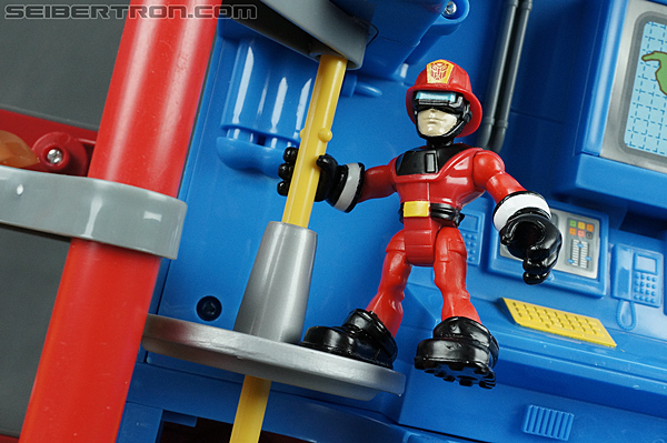 Transformers Rescue Bots Fire Station Prime (Image #81 of 136)