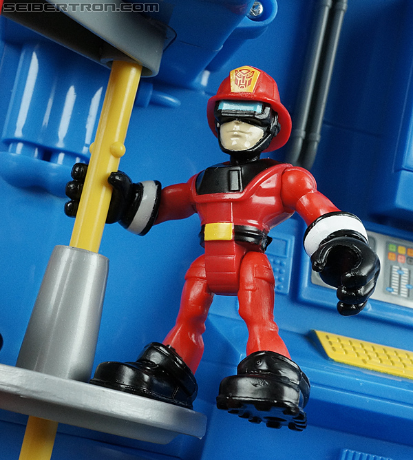 Transformers Rescue Bots Fire Station Prime (Image #82 of 136)