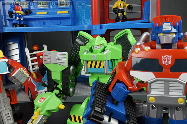 Transformers Rescue Bots Fire Station Prime (Image #135 of 136)