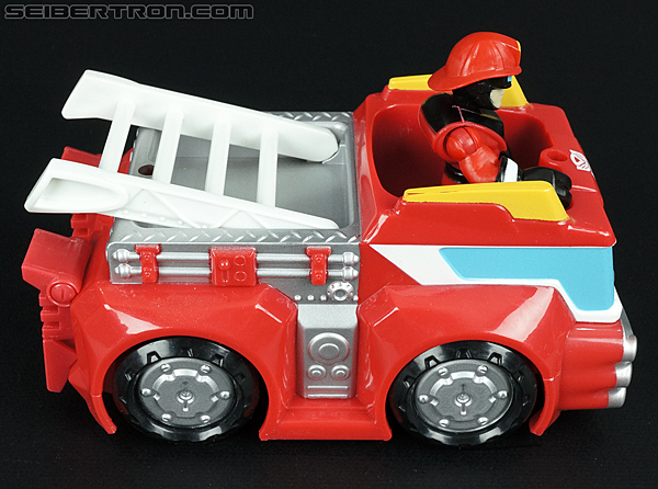 Transformers Rescue Bots Heatwave the Fire-Bot (Fire Station Prime) (Image #18 of 64)