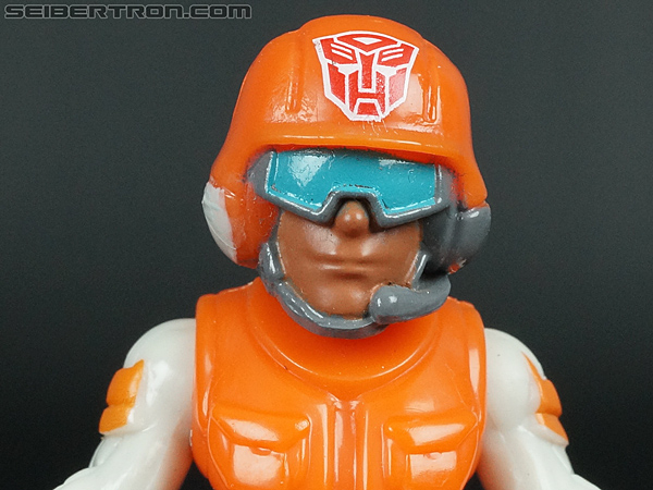 Transformers Rescue Bots Sawyer Storm & Rescue Winch gallery