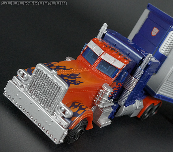 Optimus Prime with Trailer -