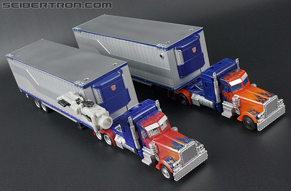 Transformers Movie Trilogy Series Optimus Prime with Trailer (Image #52 of 201)