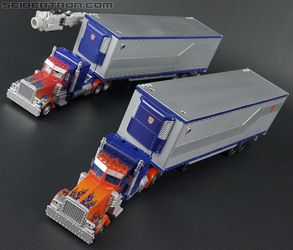 Transformers Movie Trilogy Series Optimus Prime with Trailer (Image #60 of 201)
