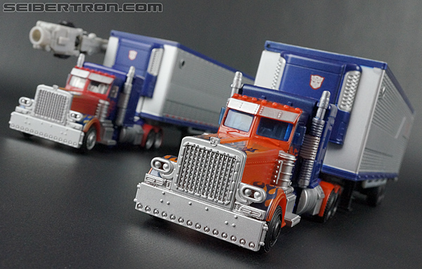 Transformers Movie Trilogy Series Optimus Prime with Trailer (Image #63 of 201)