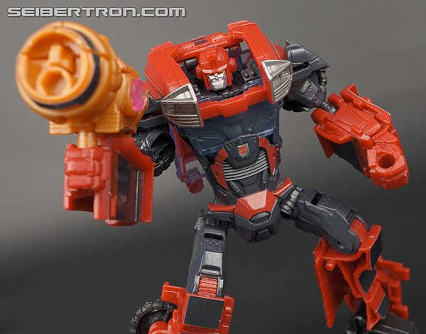 Transformers News: Top 5 Transformer toys sold at retail but NOT in the US