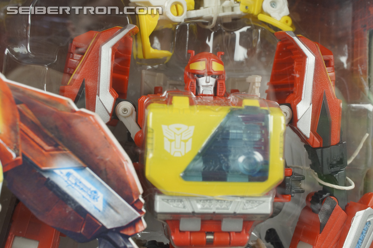 Transformers Fall of Cybertron Blaster (Image #2 of 193)