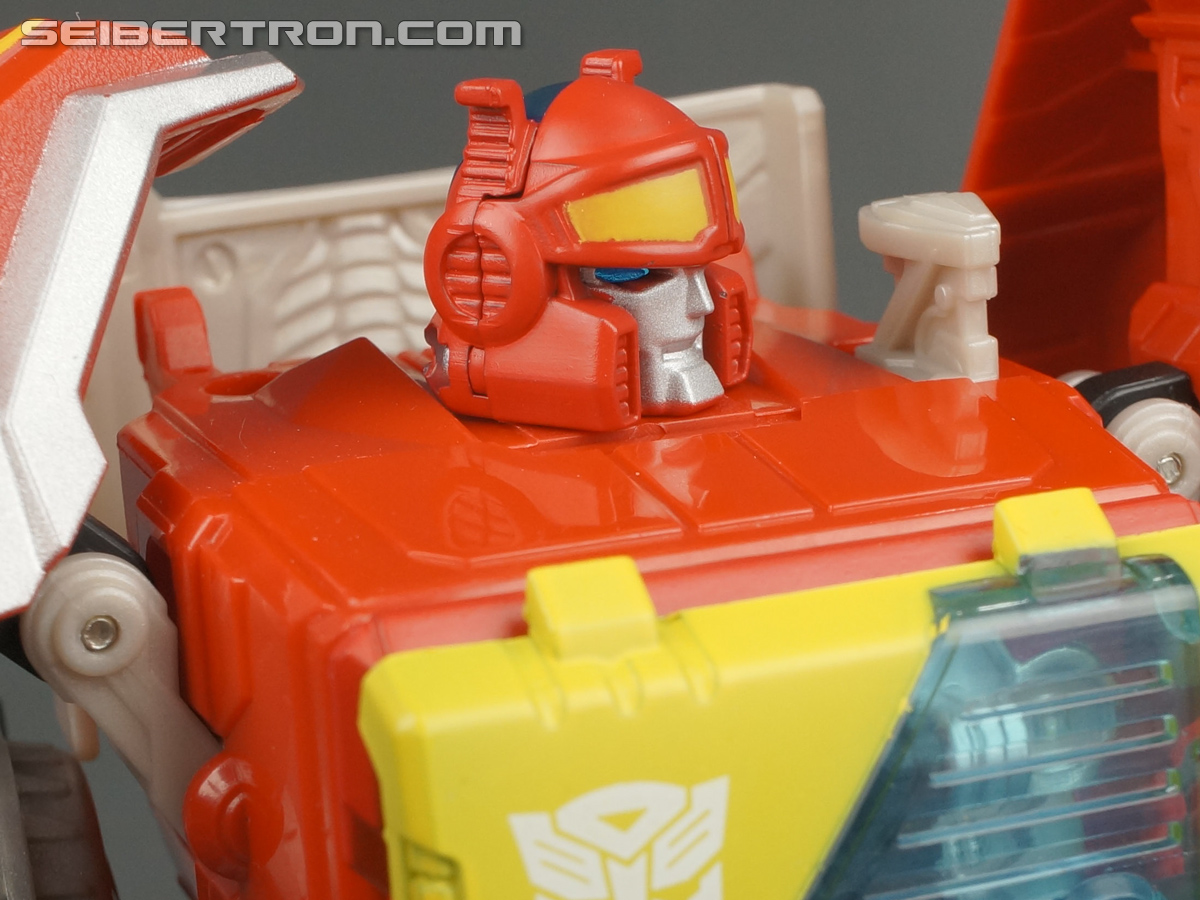 Transformers Fall of Cybertron Blaster (Image #113 of 193)