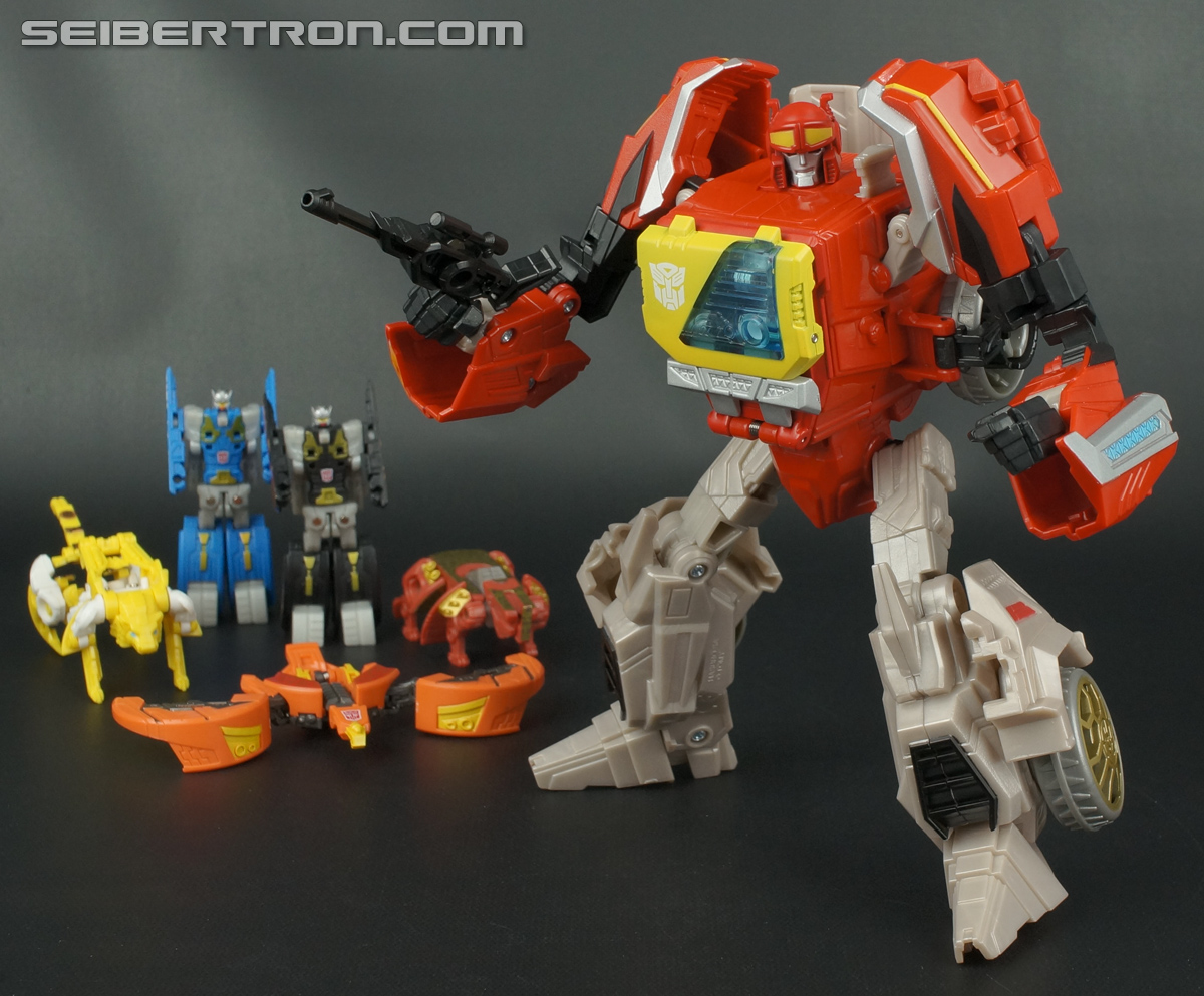 Transformers Fall of Cybertron Blaster (Image #154 of 193)