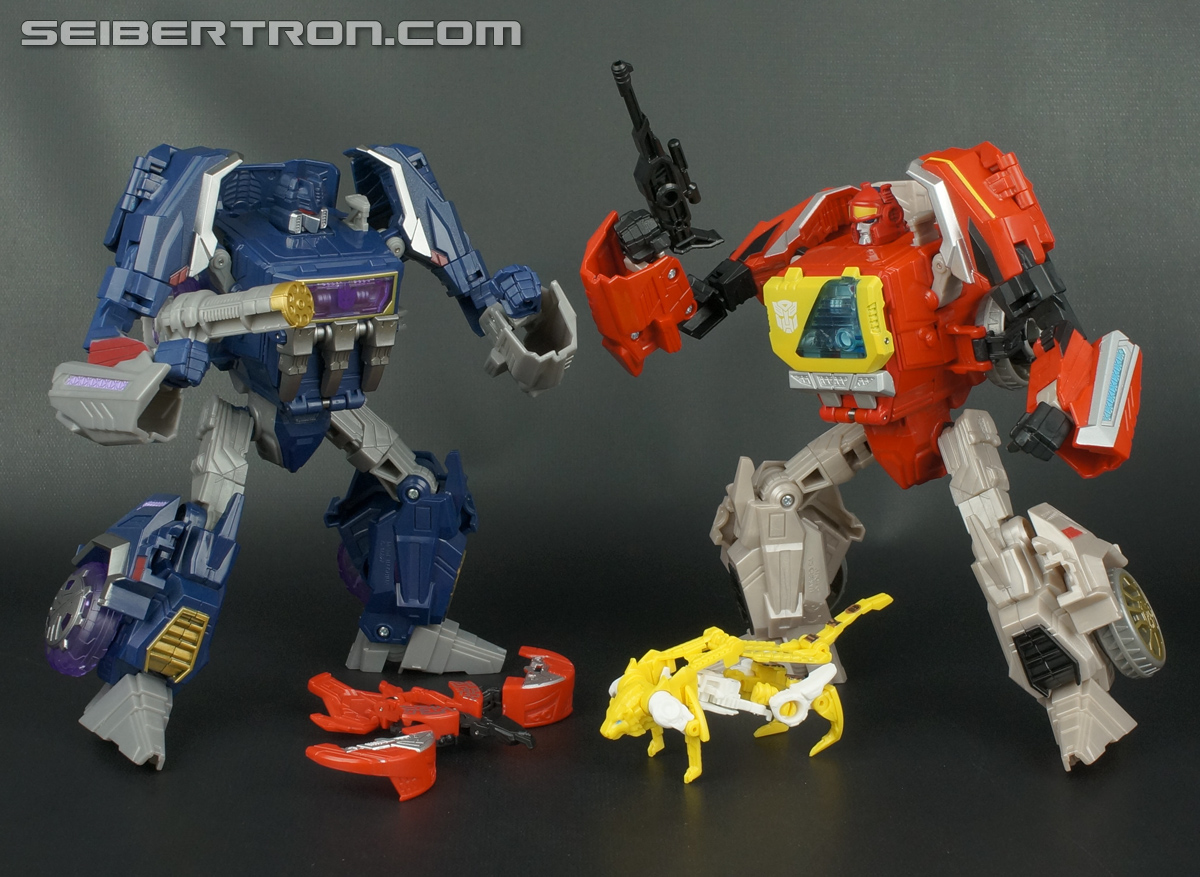 Transformers Fall of Cybertron Blaster (Image #178 of 193)