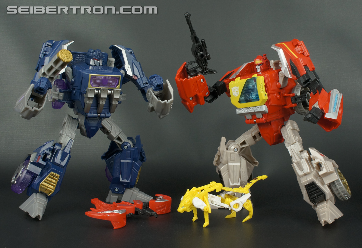 Transformers Fall of Cybertron Blaster (Image #179 of 193)