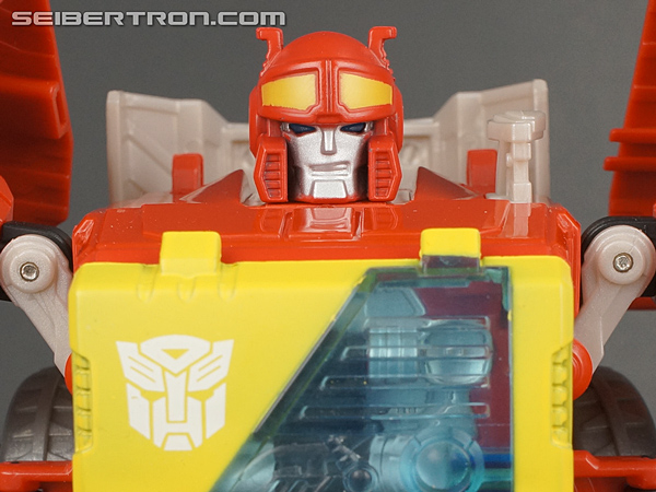 Fall of Cybertron Blaster gallery