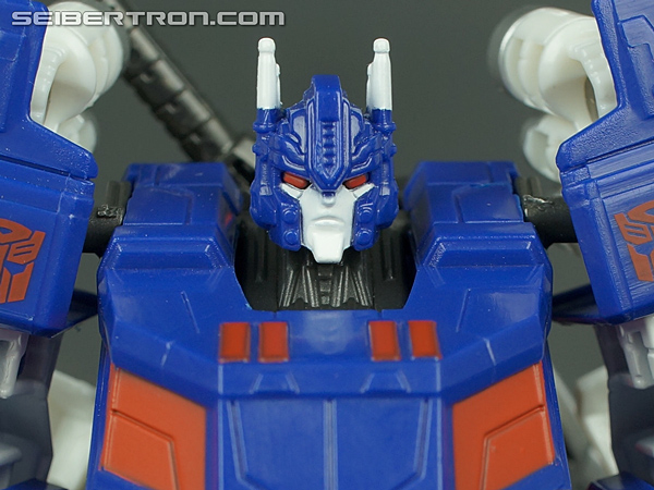 Fall of Cybertron Ultra Magnus gallery
