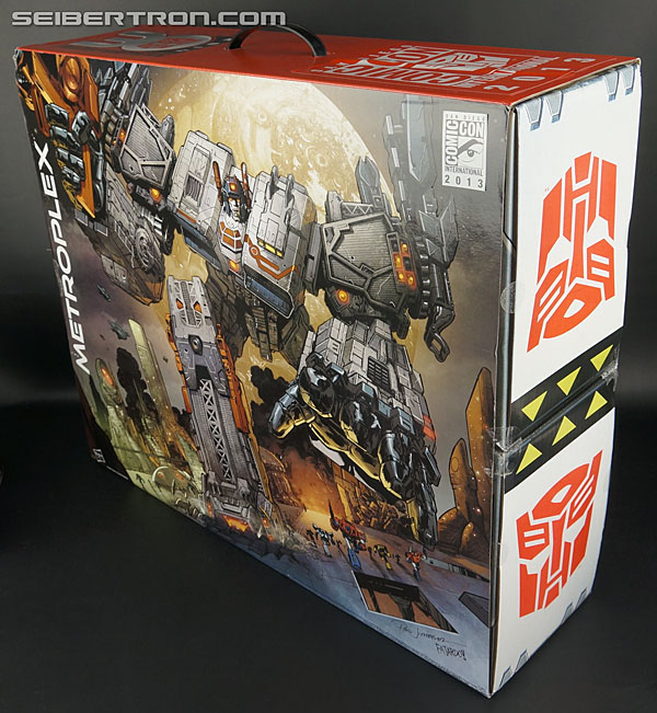 Transformers Comic-Con Exclusives Metroplex (Image #11 of 363)