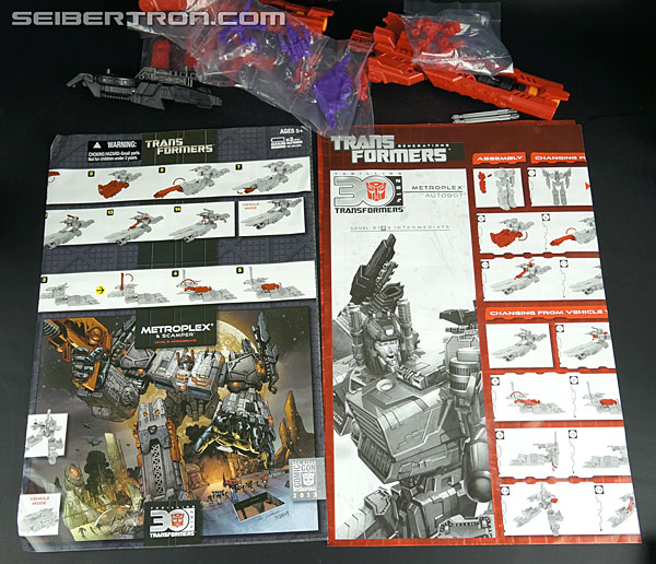 Transformers Comic-Con Exclusives Metroplex (Image #36 of 363)