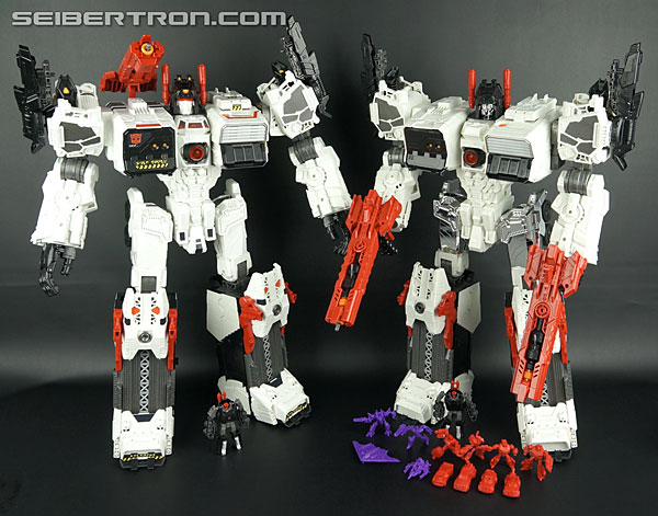 Transformers Comic-Con Exclusives Metroplex (Image #44 of 363)