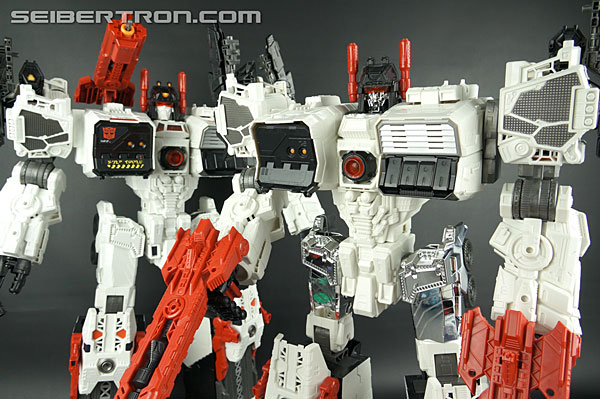 Transformers Comic-Con Exclusives Metroplex (Image #46 of 363)