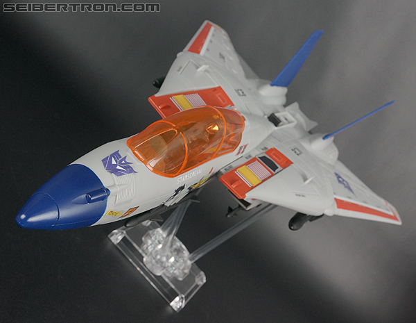 Comic-Con Exclusives Starscream Skystriker gallery