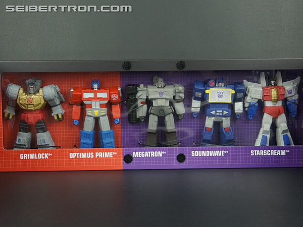 New Galleries: SDCC 2013 Titan Guardians Optimus Prime, Megatron, Grimlock, Starscream and Soundwave