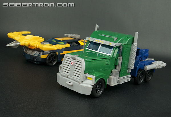 Transformers Prime Beast Hunters Beast Tracker Optimus Prime (Image #45 of 179)