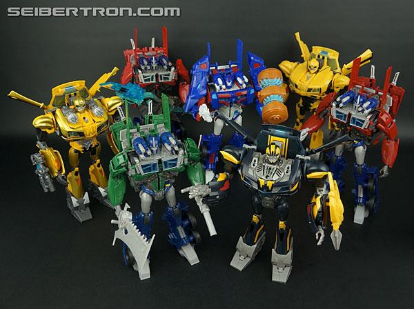 transformers prime beast hunters talking bumblebee toy