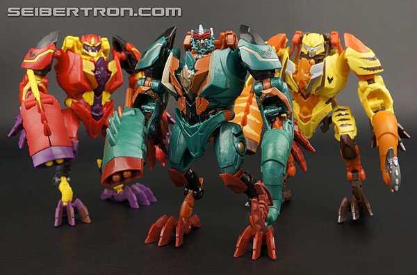 New Galleries: Transformers Go! Bakudora, Gaidora, and Dragotron
