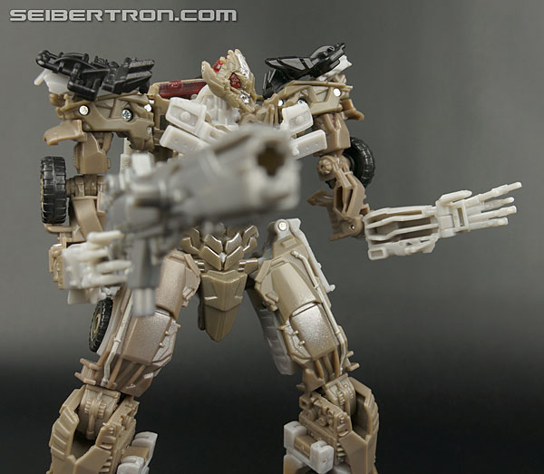 Transformers News: New Gallery: Age of Extinction Generations Voyager Evasion Mode Optimus Prime