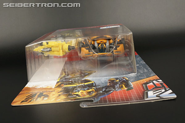 Transformers Age of Extinction: Generations Bumblebee (Image #16 of 190)