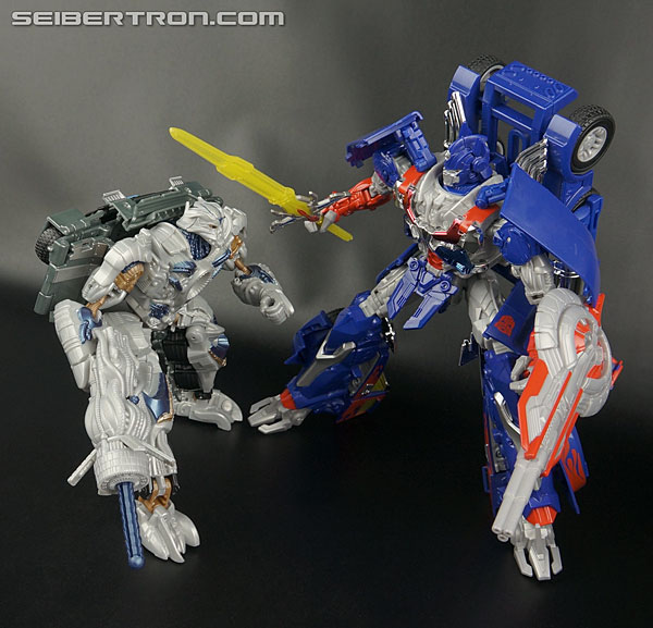 Transformers News: New Galleries: Transformers Age of Extinction Voyagers Autobot Hound and Galvatron