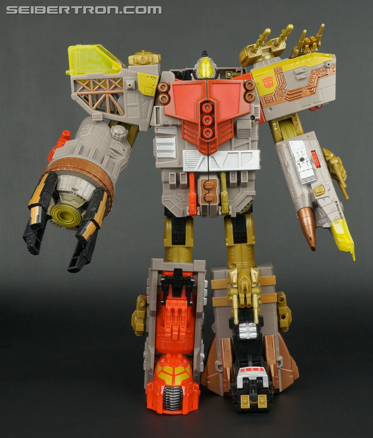 Transformers News: New Art of YOTS Omega Supreme