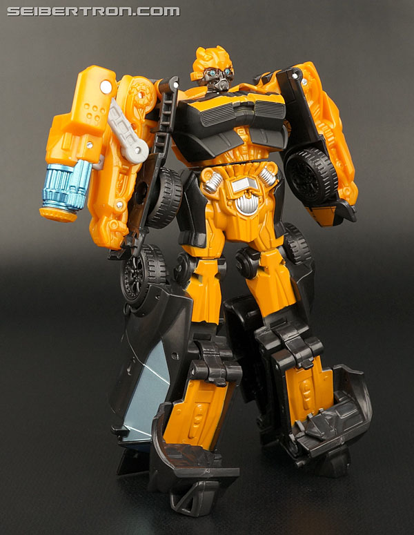 Transformers News: New Galleries: AOE Power Attackers Chainsaw Thrash Vehicon and High Octane Bumblebee