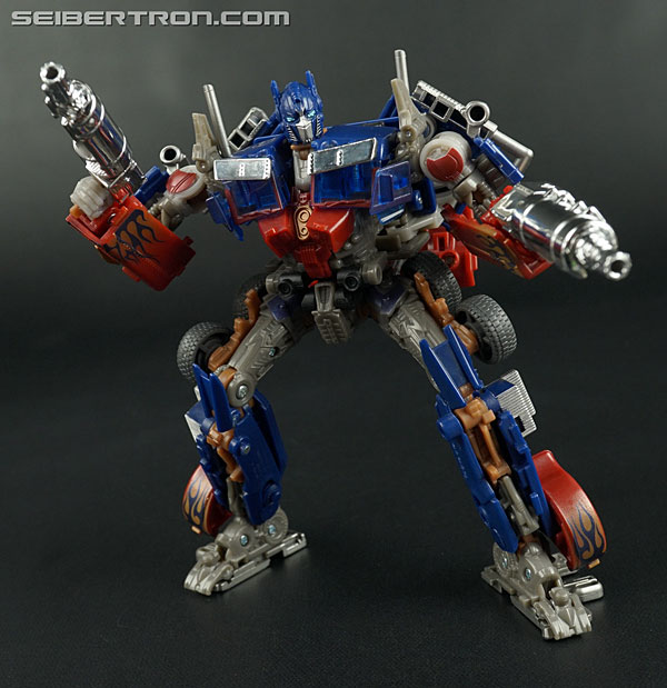 Transformers News: New Galleries: AOE Movie Advanced AD12 Revenge Optimus Prime and AD08 Battle Blade Bumblebee