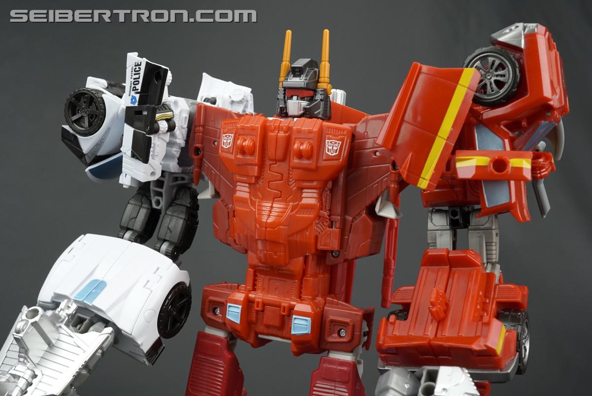 Transformers Generations Combiner Wars Betatron (Image #31 of 76)