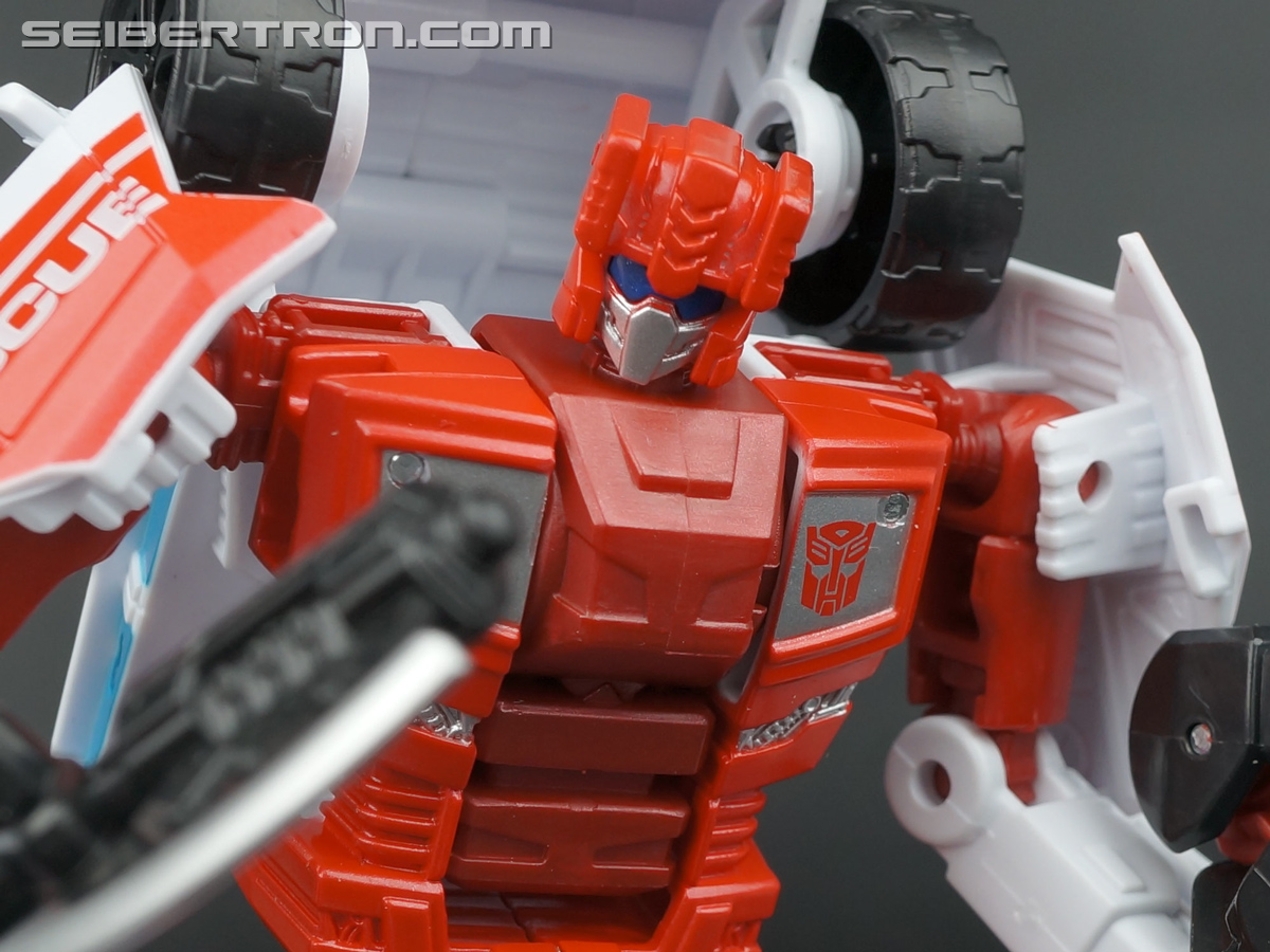 Transformers Generations Combiner Wars First Aid (Image #99 of 137)