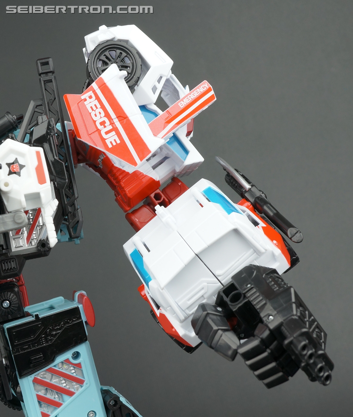 Transformers Generations Combiner Wars First Aid (Image #137 of 137)