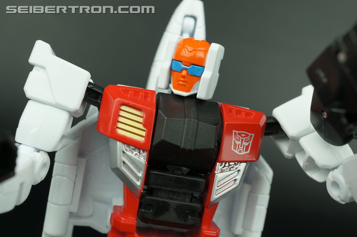 Transformers Generations Combiner Wars Quickslinger (Slingshot) (Image #118 of 217)