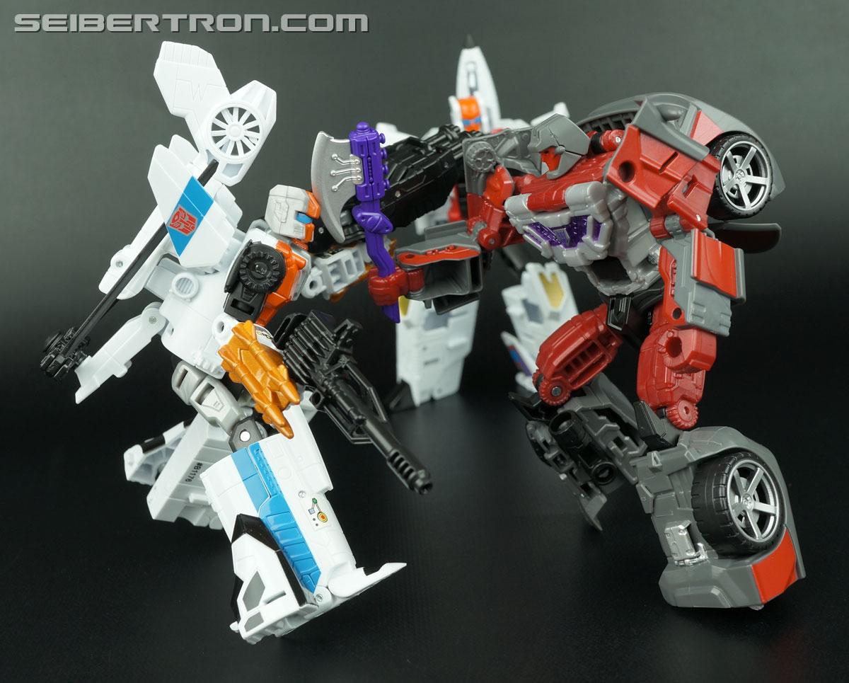 Transformers Generations Combiner Wars Quickslinger (Slingshot) (Image #169 of 217)