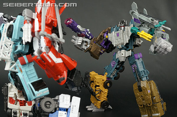 "Transformers News: Twincast / Podcast Episode #136 ""The Gathering"""