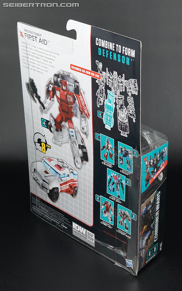 Transformers Generations Combiner Wars First Aid (Image #6 of 137)