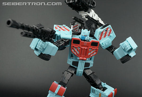 "Transformers News: Twincast #124: ""Dogfight"""