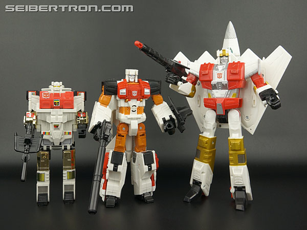 Transformers News: New Galleries: Transformers Generations Combiner Wars