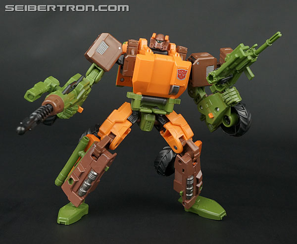 Transformers News: Re: New Galleries: Transformers Generations, United, Classics, Henkei and more