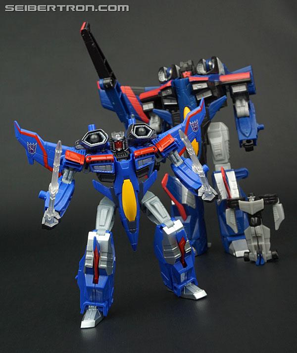 Transformers News: New Gallery: Transformers Legends LG18 Armada Starscream Super Mode (aka Thundercracker)