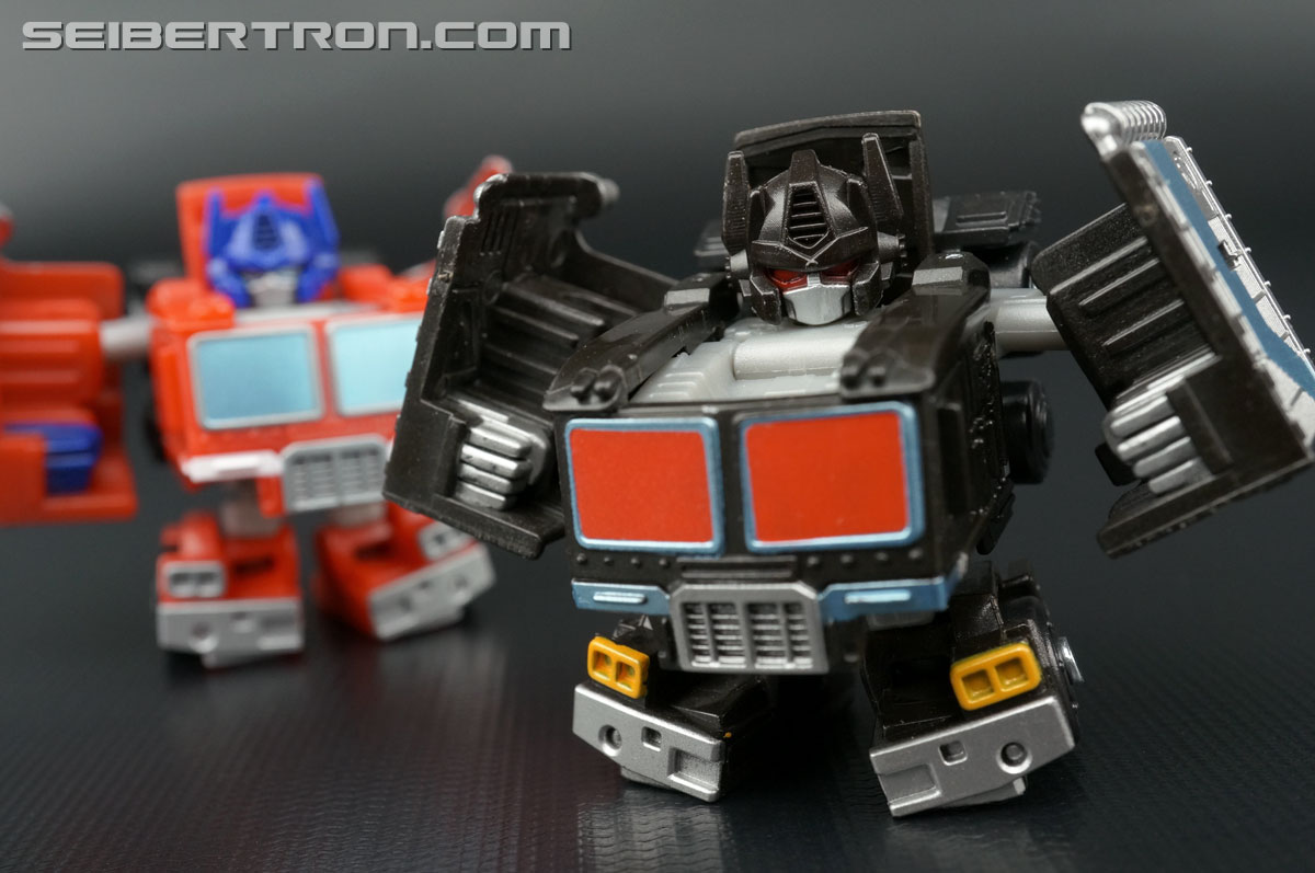 Q-Transformers Black Convoy (Black Optimus Prime) (Image #63 of 78)