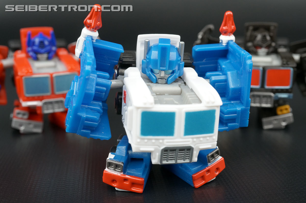 Takara Tomy Transformers QTF05 Ultra Magnus