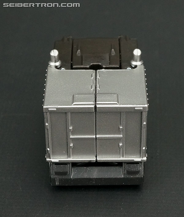 Q-Transformers Black Convoy (Black Optimus Prime) (Image #14 of 78)